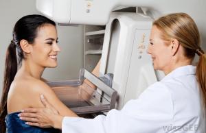 women-mammogram